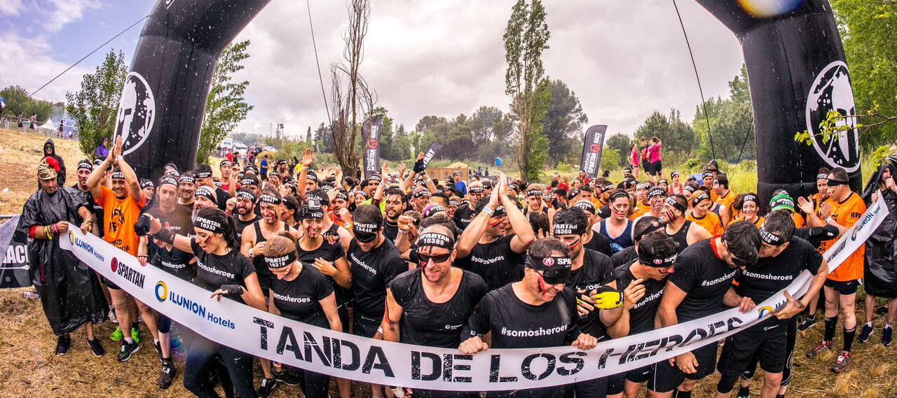 300 trabajadores de ILUNION se pondrán en la piel de personas con discapacidad en la 'Tanda de los héroes' de la Spartan Race Madrid