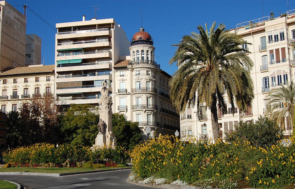 LA EMBLEMÁTICA CASA ALBEROLA DE ALICANTE ALBERGARÁ UN HOTEL DE LUJO