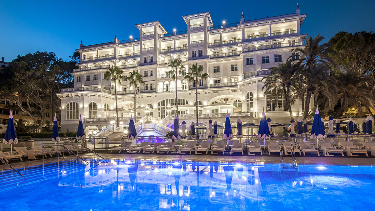 GRAN HOTEL MIRAMAR 5*, FINALISTA EN LOS SPAIN LUXURY HOTEL AWARDS 2018