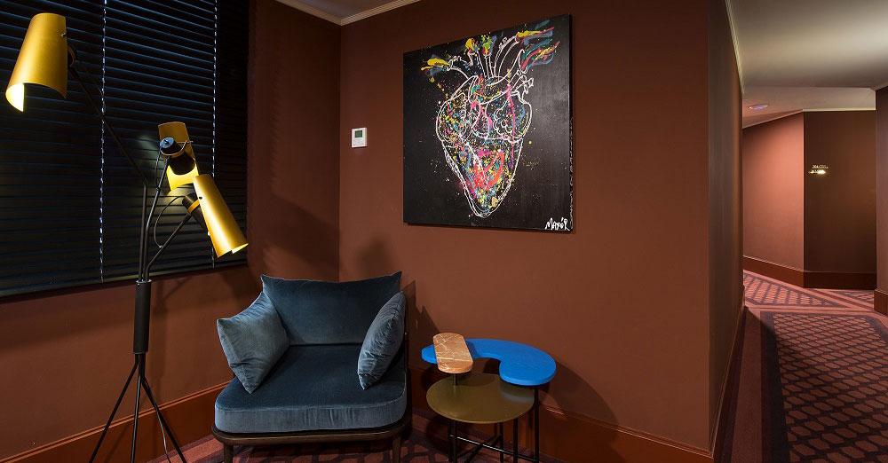 """""""ART BRUT"""", LA INTRÉPIDA EXPOSICIÓN DEL HOTEL VINCCI MAE 4* QUE CELEBRA SU COMPROMISO CON EL ARTE"""