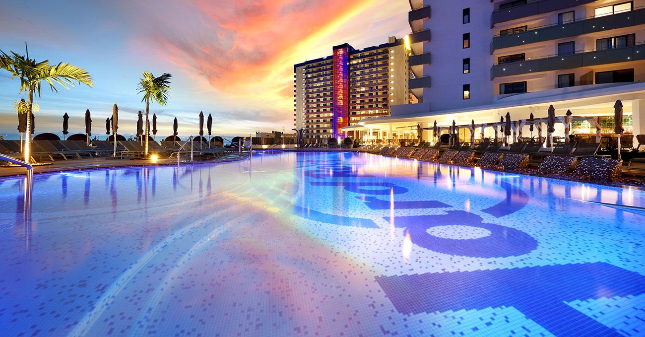 GrupoVía-Hard-Rock-Hotel-Tenerife-webnp